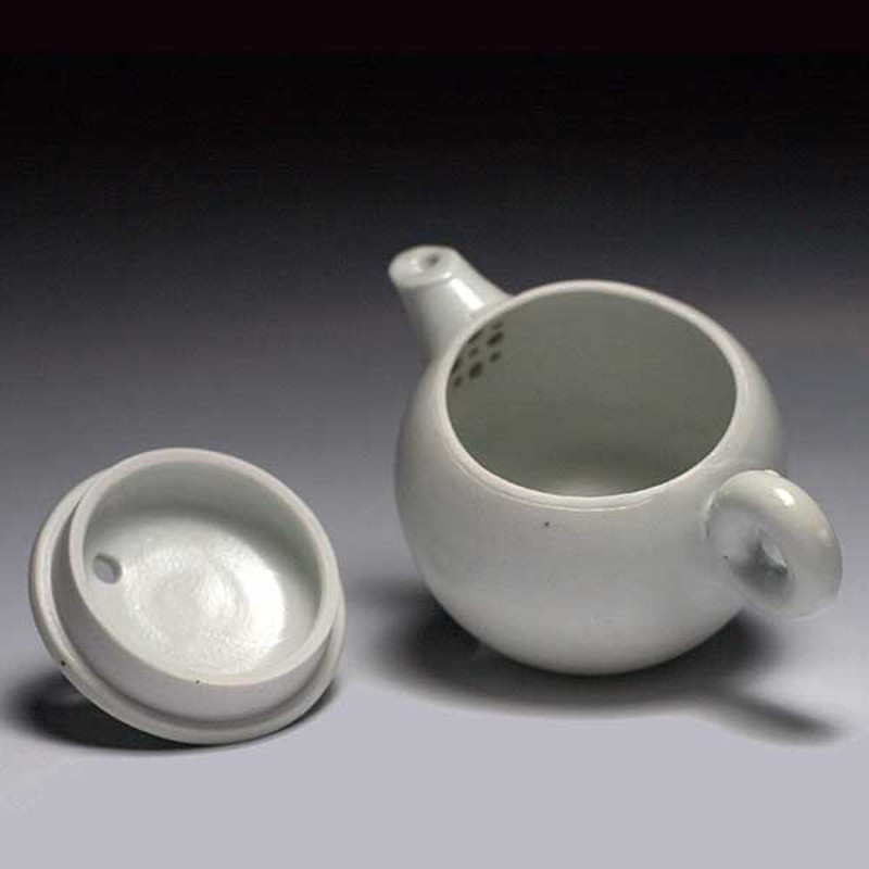 White Glazed Teapot by Christopher Shaw